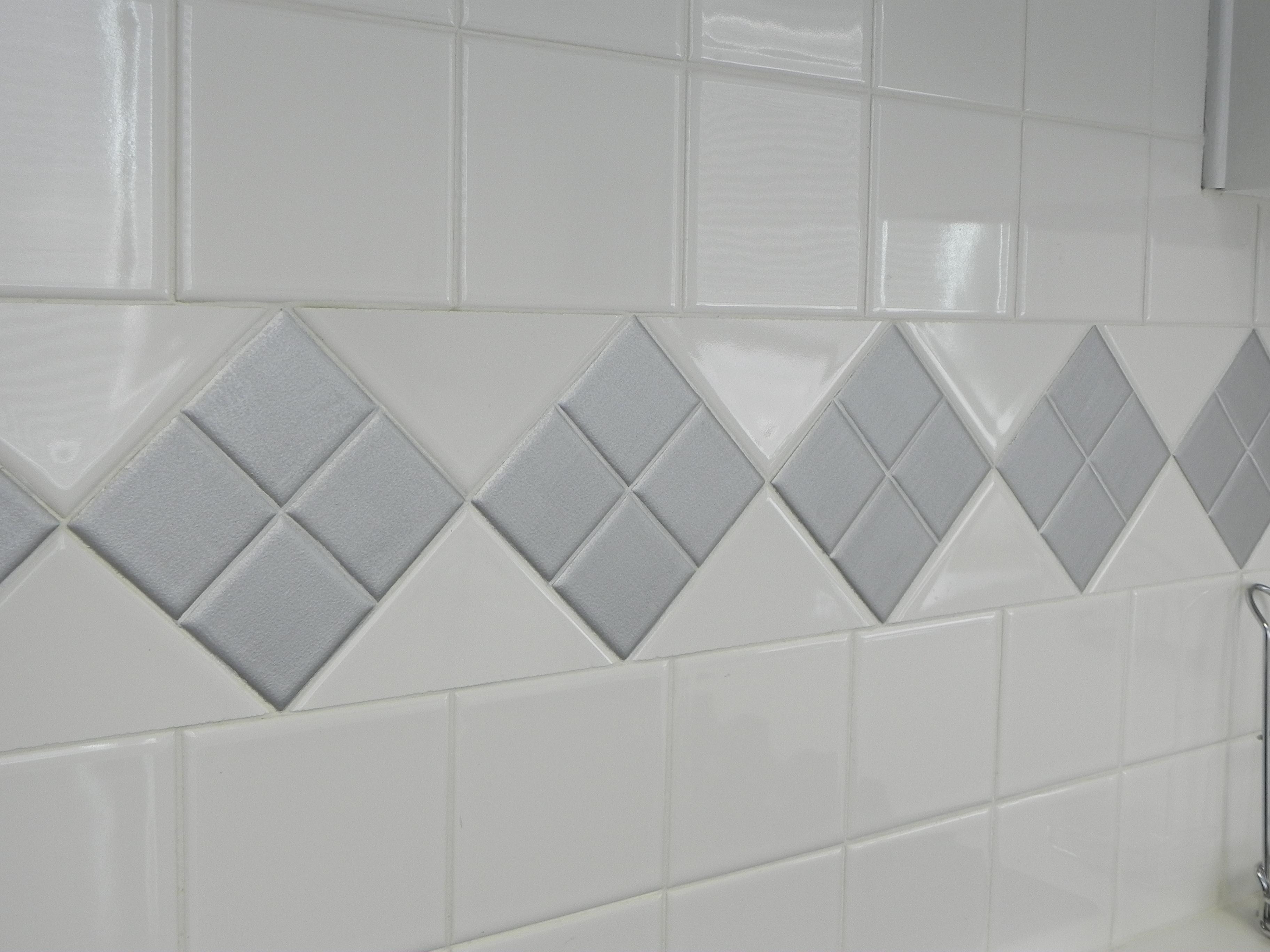 can u paint ceramic tiles. can you paint ceramic bathroom tile