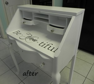 """Be-You-tiful"" Jewelry Vanity"